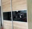 Ντουλάπα με συρώμενες πόρτες